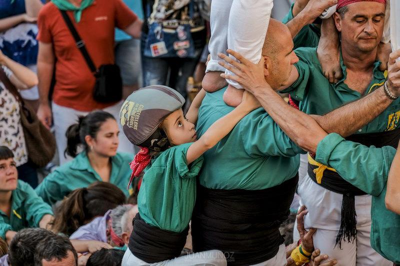FIESTA MAYOR 2018; 54GALLERY; FOTOGRAFÍA DOCUMENTAL; FOTOPERIODISMO; JUAN MUÑOZ FOTÓGRAFO; www.juanmuñozfotografia.com; www.juanmuñoz54gallery.com; BARBERÁ DEL VALLÉS; Colla de Diables de Barberà del Vallès; Gegants de Barberà del Vallès; Castellers de Sabadell; Castellers de Vilafranca; Xics de Granollers; LA BANDA DEL COCHE ROJO; Susana Sheiman; GIMNAS BUNKAI; ORQUESTRA MARAVELLA; OASIS BARBERÁ; PIROTECNIA ESTALELLA