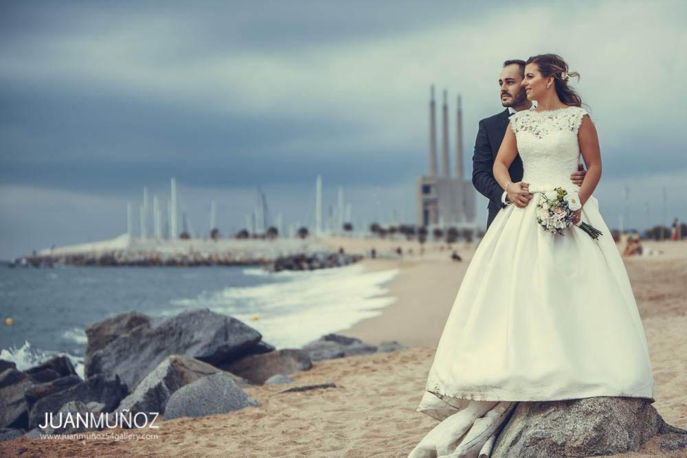 Boda en el pont del petroli, Bodas en Barcelona, fotografía de boda, Wedding Photography, fotógrafo de boda en Barcelona, Boda en la playa